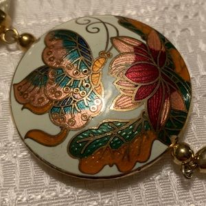 💱BEAUTIFUL Qty (2) Cloisonné necklaces‼️